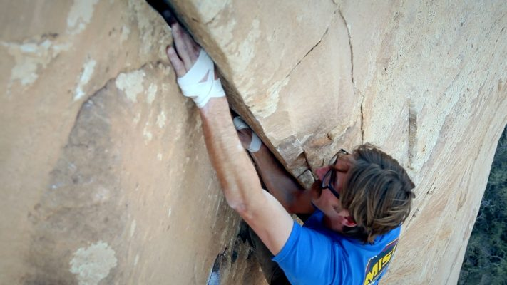 Crack_Climbing_Series_Hand_Crack_Climbing_Handbone_Red_Rock_Canyon_Las_Vegas_Finger_Lock_1